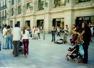 バルセロナの町_a0079995_20456100.jpg