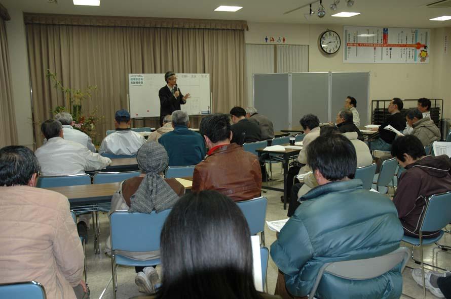 松坂まさお市政報告会_c0052876_2344384.jpg
