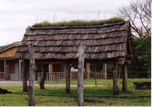 初源な家10:御所野の遺跡_e0054299_17224697.jpg