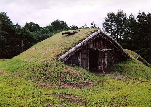 初源な家10:御所野の遺跡_e0054299_1722573.jpg