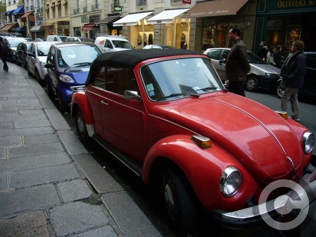 ■街角の車(PARIS)_a0008105_0474823.jpg