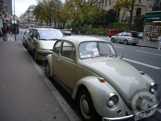 ■街角の車(PARIS)_a0008105_048397.jpg