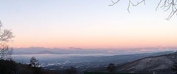 ピラタスの丘の朝景色_d0102327_1235335.jpg