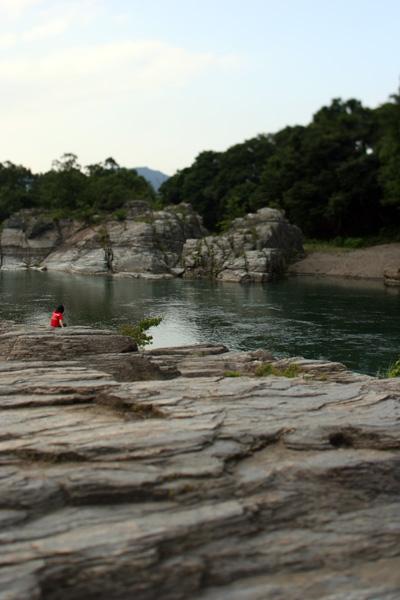 「岩畳」 柳 悠介_c0098759_2394777.jpg