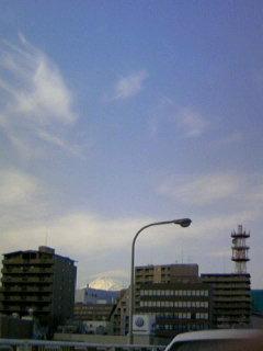 富士山に傘雲_b0016474_15462952.jpg