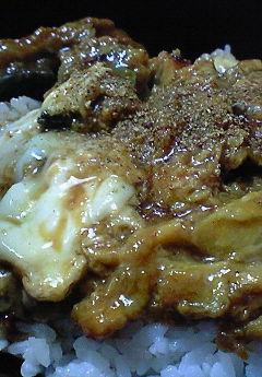 鰻玉丼♪_f0116812_18354490.jpg
