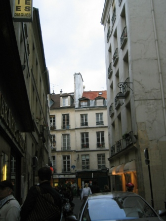 パリ旅日記3 パリに到着 祝貫通_f0059796_16512199.jpg