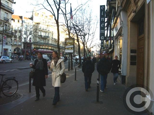 ■最近こういう光景が・・・(PARIS)_a0014299_2013377.jpg