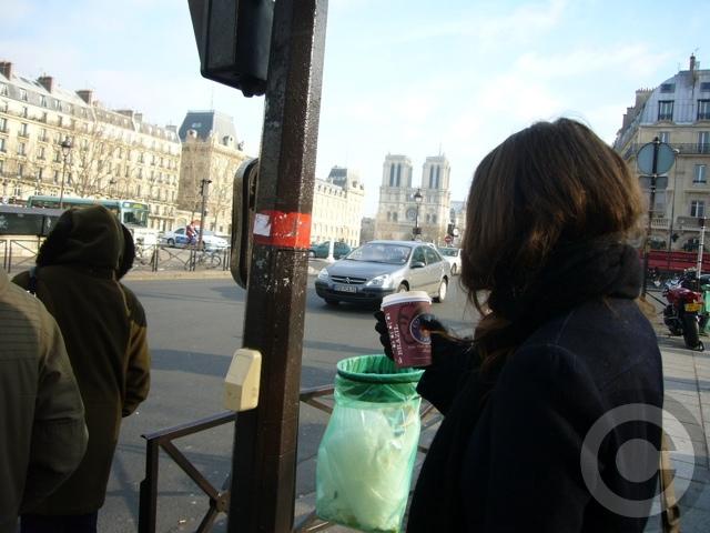 ■最近こういう光景が・・・(PARIS)_a0014299_2015021.jpg