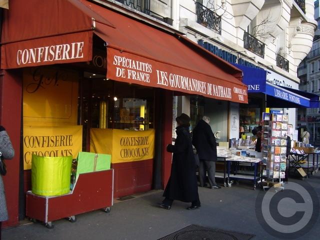 ■街角のスイーツ(PARIS)_a0014299_8393684.jpg