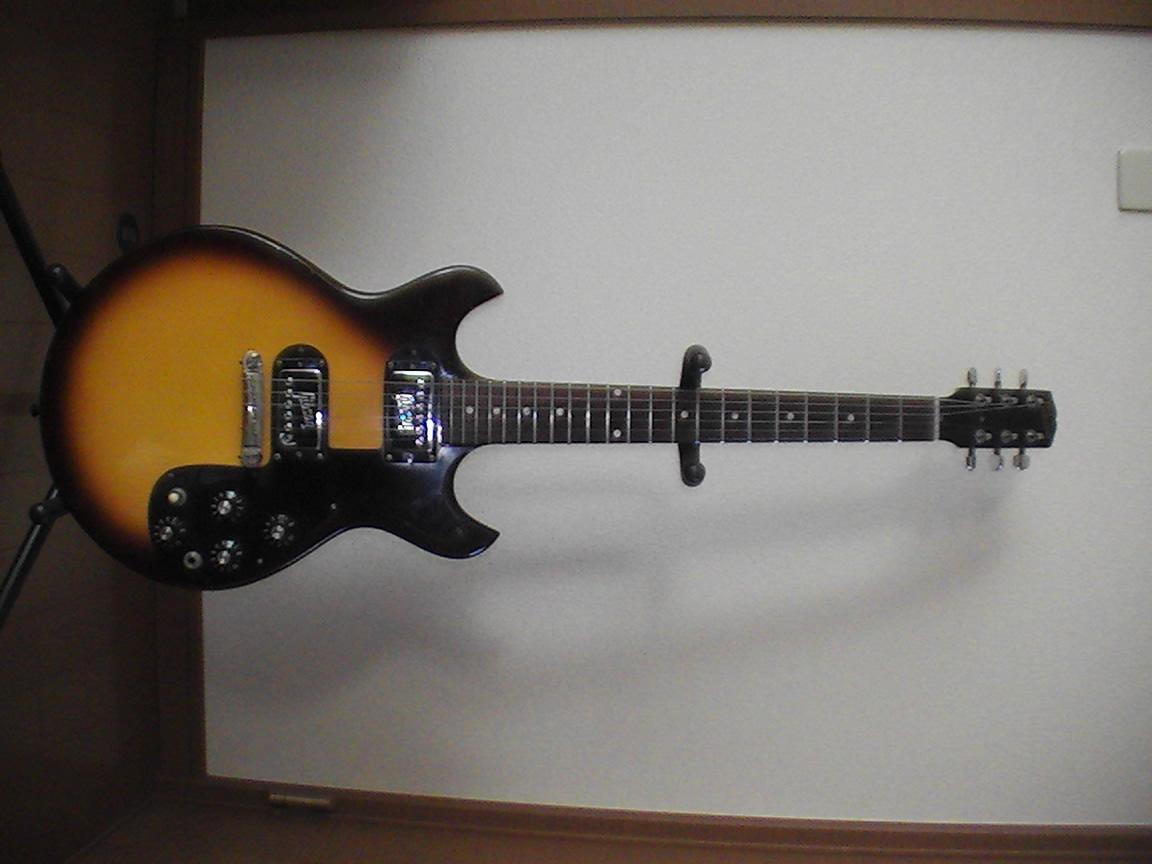 Gibson Melody Maker 1964_f0002755_22165063.jpg