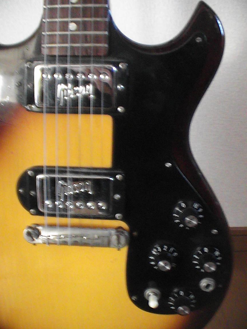 Gibson Melody Maker 1964_f0002755_22223919.jpg