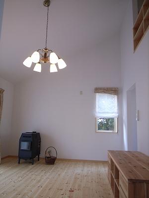 「3.5間角の家」 (12.3坪の家)の完成を間近にして_f0059988_1727869.jpg