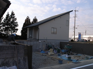 「3.5間角の家」 外構工事_f0059988_18302130.jpg