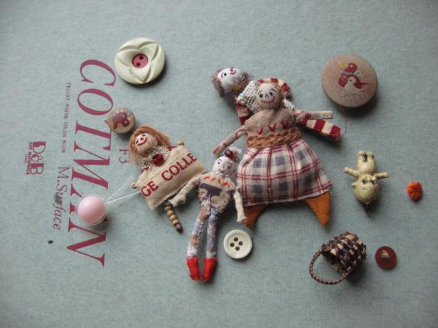 小さい人形_d0101846_9273230.jpg