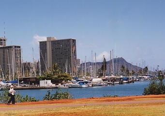 ハワイの風景 (4) ハワイ的、あまりにハワイ的な風景_c0011649_127290.jpg