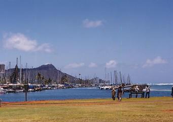 ハワイの風景 (4) ハワイ的、あまりにハワイ的な風景_c0011649_1302189.jpg