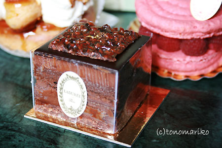 ラデュレのケーキたち_c0024345_19371964.jpg