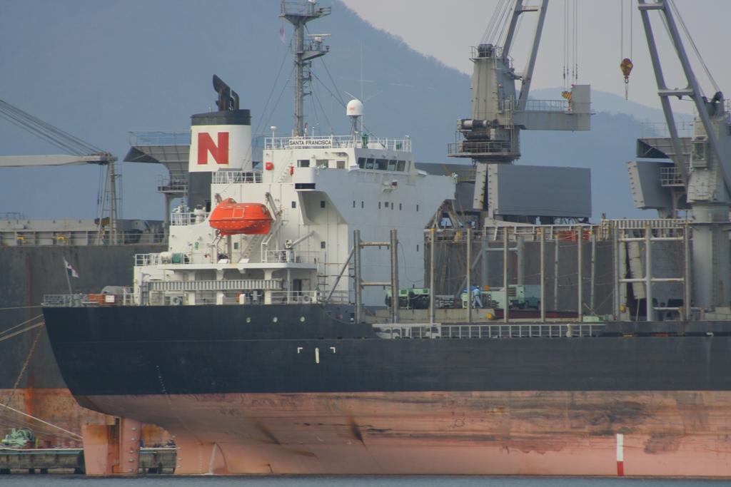 内海造船 : 造船・船舶の画像