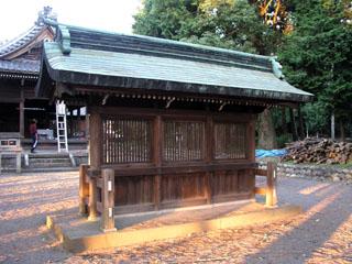 犬山市羽黒鳴海杻神社の蕃塀_e0113570_05819100.jpg
