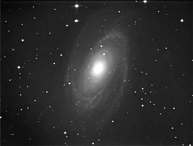 M81 うってかわって今夜は良いです_c0061727_8182145.jpg