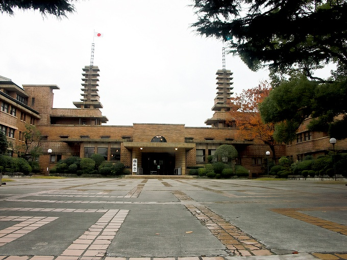 甲子園ホテル(武庫川学院甲子園会館)3_f0116479_2338389.jpg
