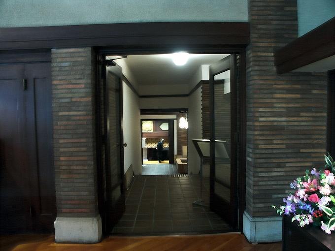 甲子園ホテル(武庫川学院甲子園会館)3_f0116479_2354317.jpg