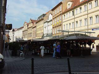 もう一つのプラハ3 ハヴェル市場_a0079995_7132937.jpg