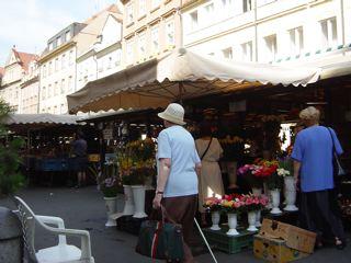 もう一つのプラハ3 ハヴェル市場_a0079995_7135832.jpg