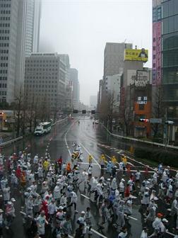 東京マラソンの沿道で_a0057402_12325535.jpg
