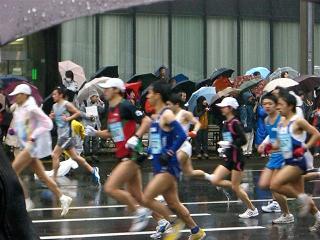 東京マラソンの沿道で_a0057402_123505.jpg