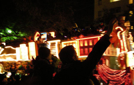 Endymion Parade on Saturday_d0000995_15393867.jpg