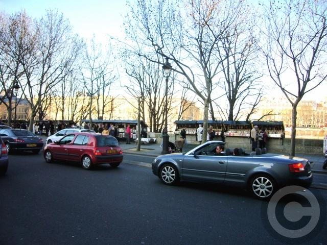 ■街角の車(PARIS)_a0008105_1914413.jpg