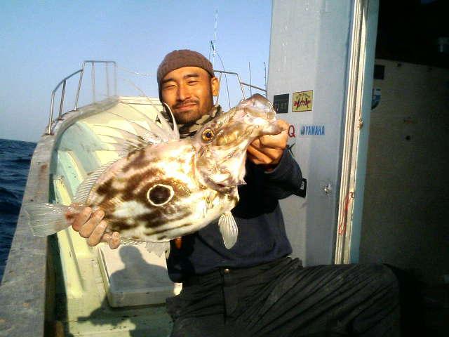 21日の釣果(3人でワラサ12本)_e0102422_18505524.jpg