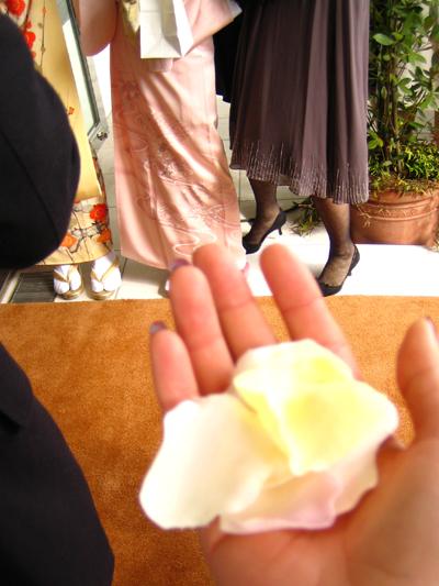 結婚式でした。_d0028499_1727828.jpg