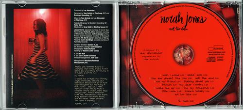 ノラ・ジョーンズ Norah Jones  「NOT TOO LATE」_e0048332_4122530.jpg