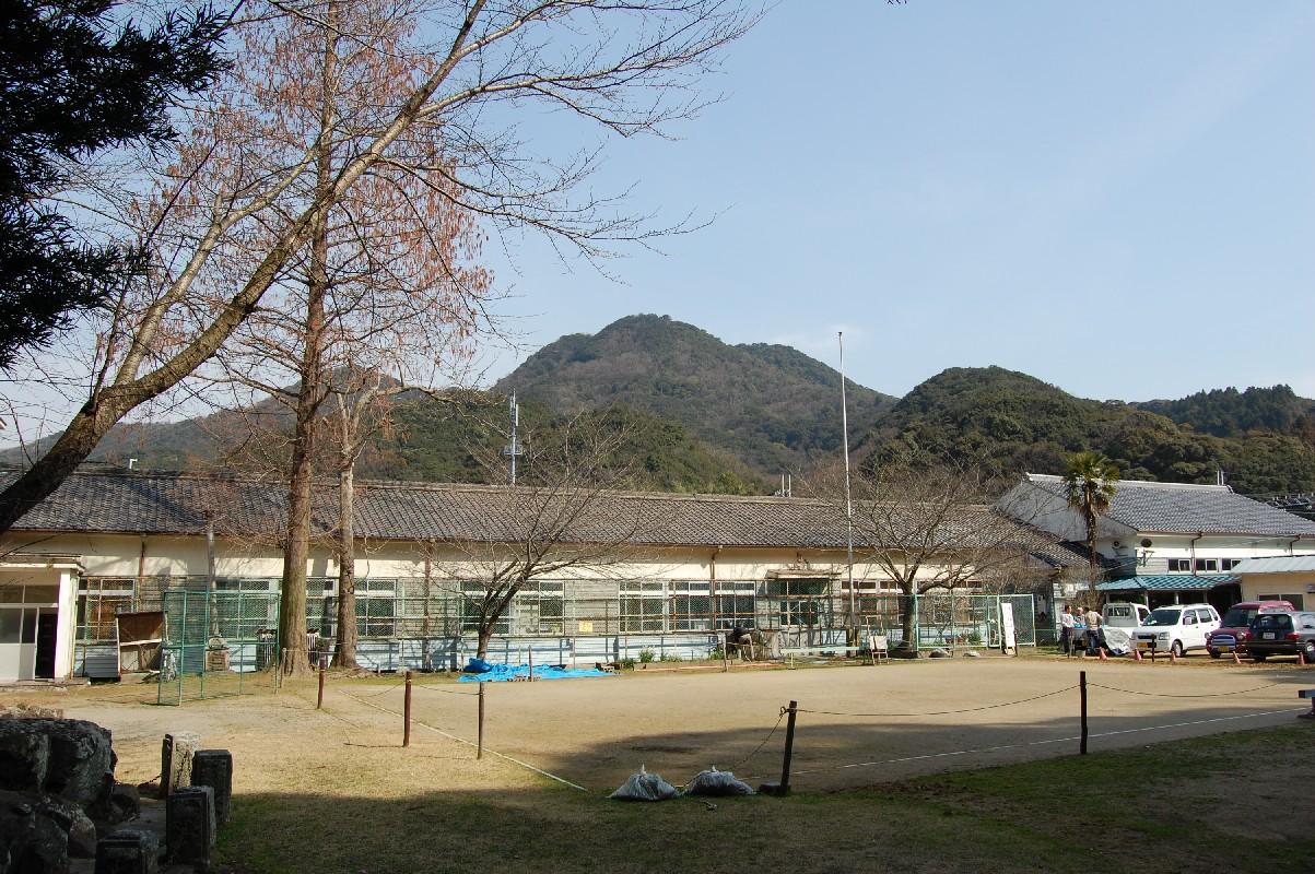 第6回 「高齢者林間学校研修会」…「孝子地区の昔の暮し」 _c0108460_17585447.jpg