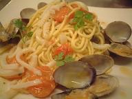 カスターニョのパスタ料理はこちら_d0099845_234374.jpg