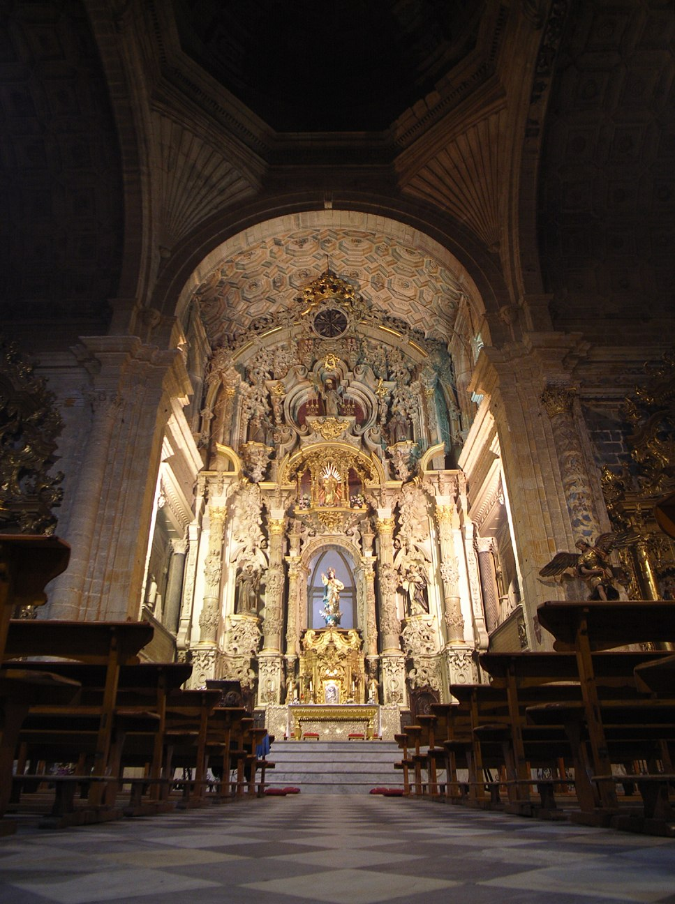 iglesia vertical_e0100152_21103598.jpg