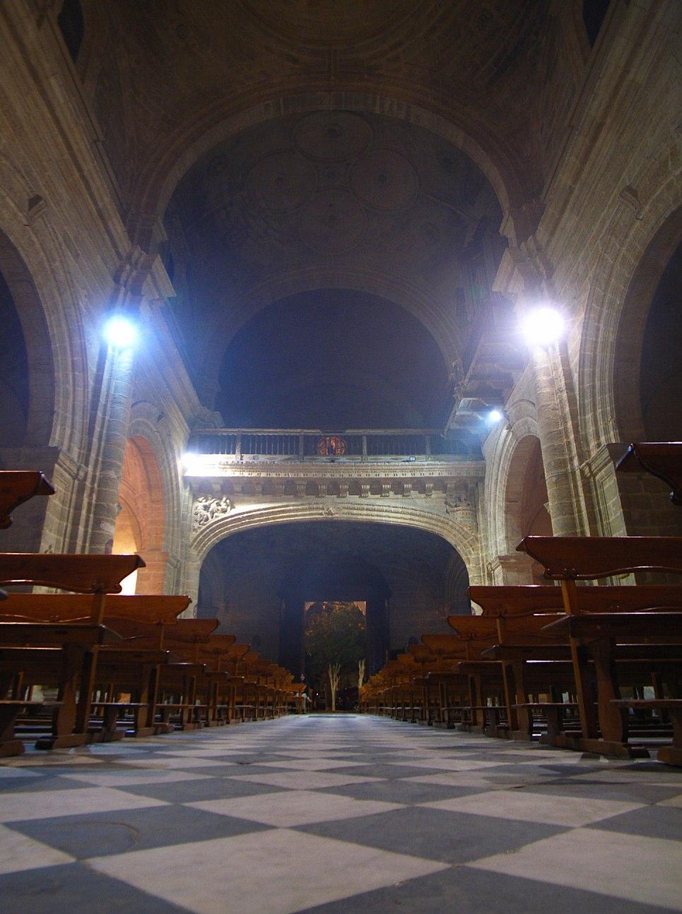 iglesia vertical contra_e0100152_23593182.jpg