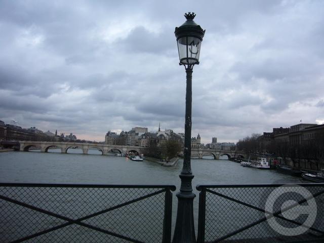 ■日曜日の芸術橋(PARIS)_a0008105_17153199.jpg