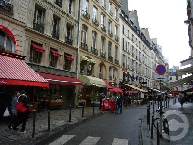 ■冬休みのRUE DE BUCI(PARIS)_a0014299_1559403.jpg