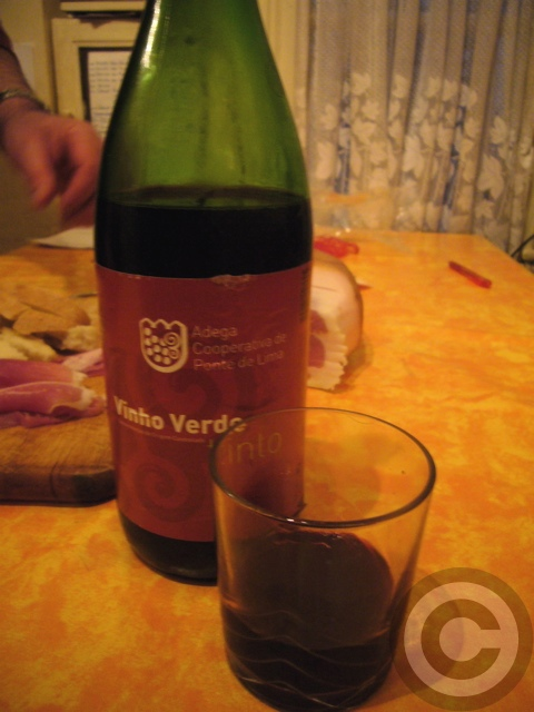 ■ポルトガルのハムとワイン(PARIS)_a0014299_7445375.jpg