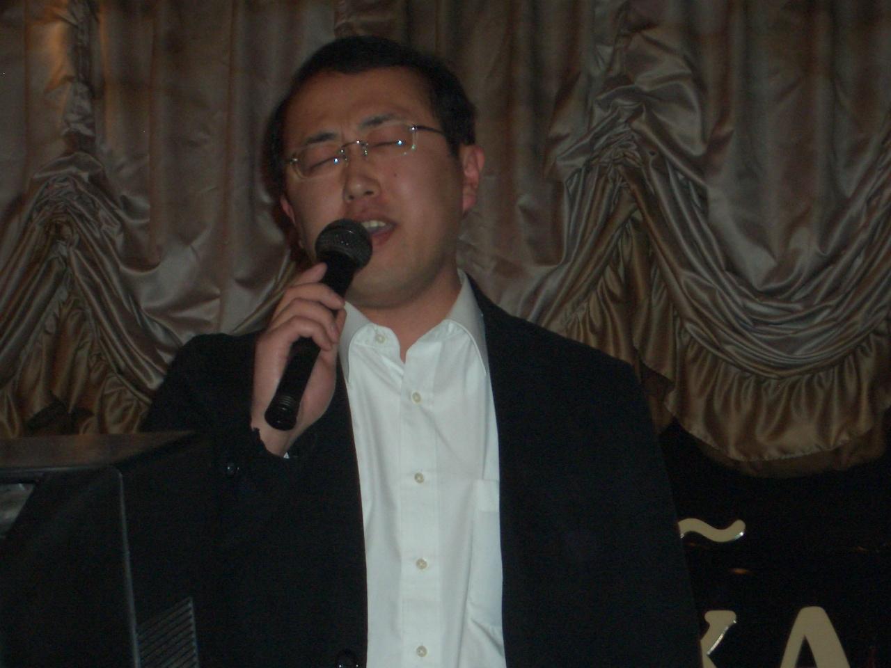 国際六団体交流親睦会(カラオケ選手権)_e0075103_10383165.jpg