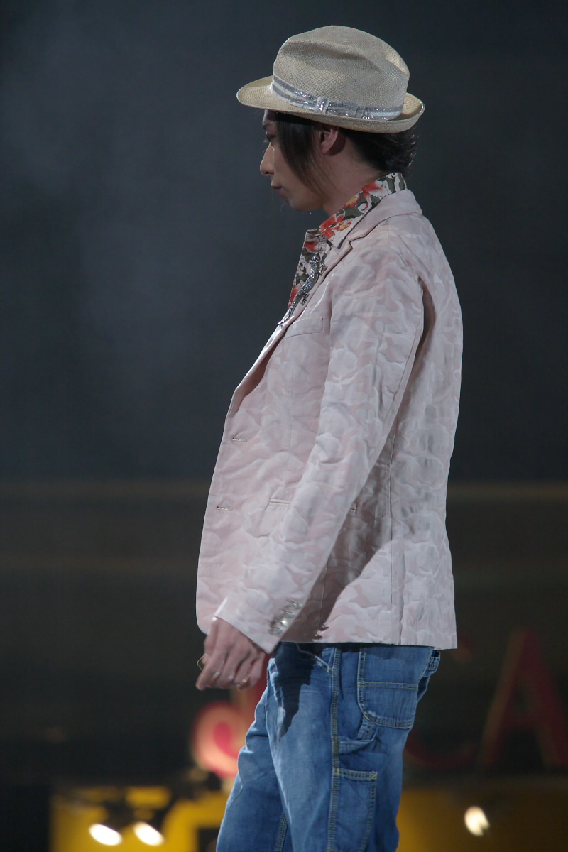 神戸コレクション 2007 S/S 石田壱成  2_f0021869_1923791.jpg