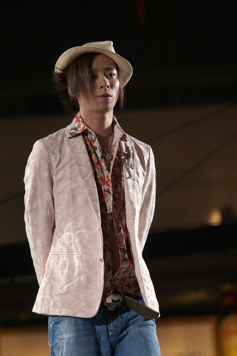 神戸コレクション 2007 S/S 石田壱成  2_f0021869_1933488.jpg