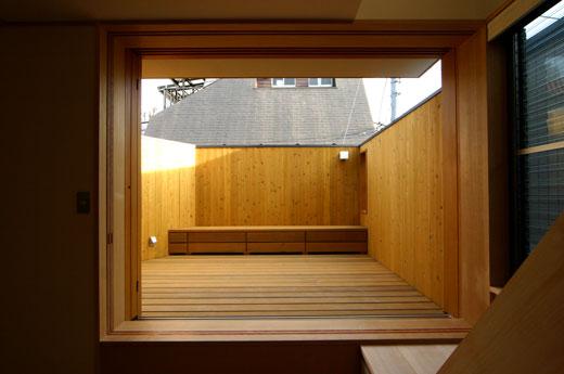 桜見の家 ベランダ_b0015157_001287.jpg