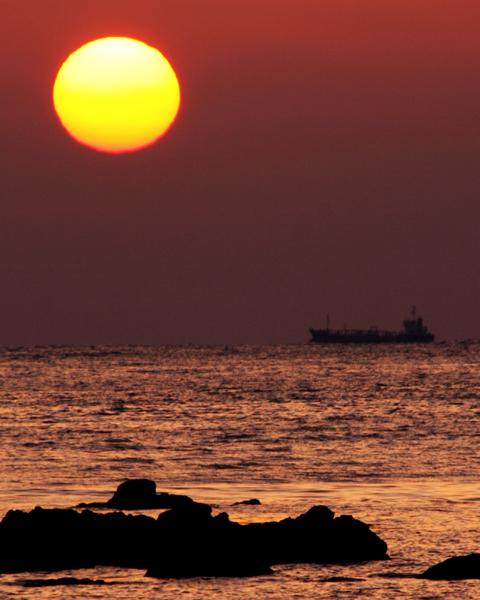 壁島の夕陽_d0074828_2254324.jpg