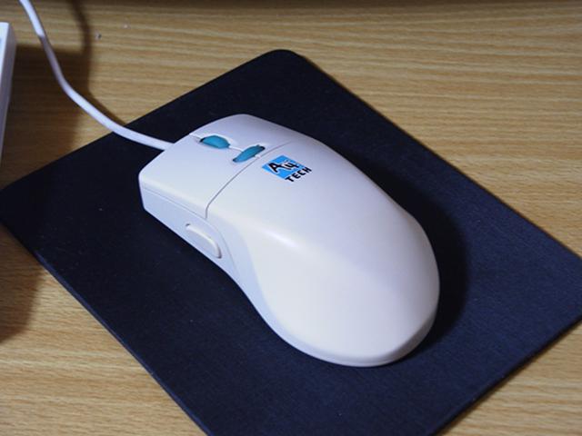 マウスといえばレーザー? 赤外線? いやいや。_c0004568_20282123.jpg