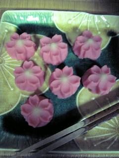 今日のお茶菓子♪_f0099147_2129719.jpg